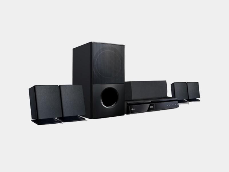 Home Theater LG LHB625M 5.1 Canais com Blu-ray Player 3D, Smart TV, Bluetooth, Entrada USB, HDMI e Lê DVD - 1000W